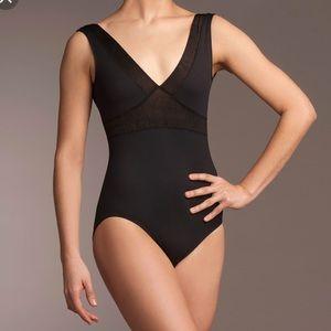 Ainslie Ballet v-neck leotard with mesh